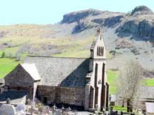 Dienne (Cantal) : l'église saint Cirgues