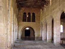 Dugny sur Meuse: ancienne église Notre Dame. La nef