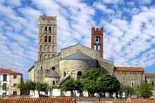 Elne, ancienne cathédrale sainte Eulalie. Vue générale