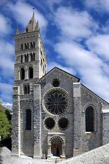 Embrun: ancienne cathédrale Notre Dame du Réal
