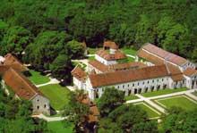 Fontenay en Côte d'Or: l'abbaye cistercienne: vue générale