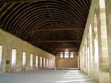 Fontenay en Côte d'Or: l'abbaye cistercienne: le dortoir