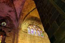 L'abbaye de Fontfroide: collatéral de l'abbatiale