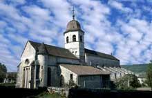 Gigny (Jura): ancienne église abbatiale saint Taurin