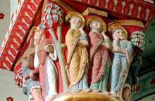 Issoire (Puy du Dôme), saint Austremoine: chapiteau du chœur: le portement de la croix