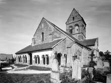 J�lons les Vignes (Marnes)�: �glise paroissiale. Fa�ade ouest et porche