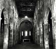 Lucciana (Corse): cathédrale de La Canonica: l'intérieur