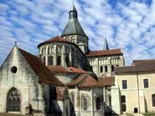 La Charité sur Loire: église abbatiale Notre Dame: le chevet