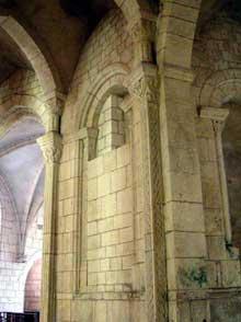 La Charité sur Loire, église abbatiale Notre Dame: le chœur et le déambulatoire