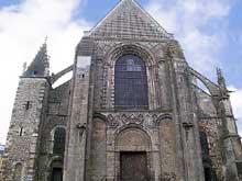 Le Mans, cathédrale saint Julien. La façade romane
