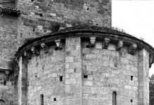 Lescure (Tarn): église saint Michel. Le chevet