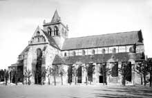Lillers (Pas de Calais)�: coll�giale saint Omer. Vue g�n�rale
