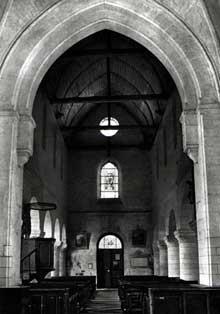 Lucheux (Somme)�: prieur� saint L�ger. La nef