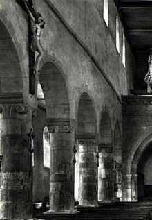 Marsal (Moselle): collégiale saint Léger. La nef et le bas-côté nord