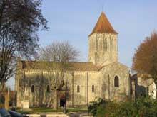 Melle (Deux Sèvres): l'église saint Pierre