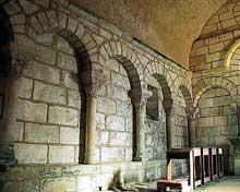Merlande (Dordogne): le prieuré saint Jean. Côté nord du chœur