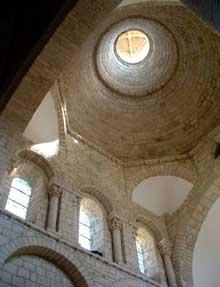 Moirax (Lot et Garonne): prieuré Notre Dame. La coupole sur trompes du chœur