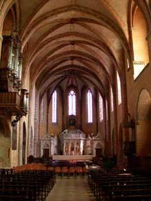 Moissac (Tarn et Garonne): l'abbaye saint Pierre: la nef gothique