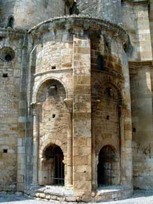 Monsempron Libos (Lot et Garonne): église prieurale saint Géraud. Absidiole