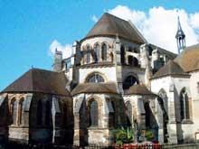 Montier en Der (Haute Marne): abbatiale saints Pierre et Paul. Le chevet