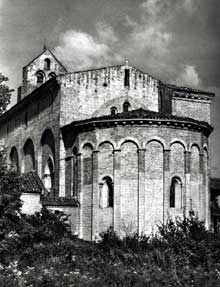 Montsaunès (Haute Garonne): église saint Christophe des Templiers. Le chevet