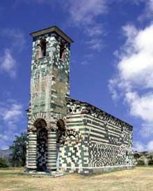 Murato (Haute Corse): l'église San Michele. Vue sud-oues