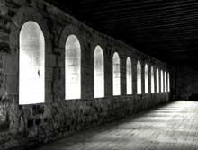Noirlac (Cher): abbaye cistercienne, dortoir des moines