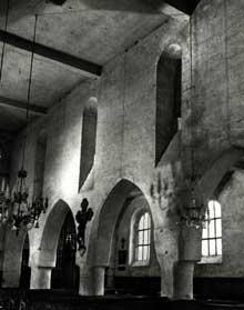 Orrouy (Oise)�: l��glise�: la nef romane et le collat�ral nord