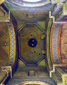 Poitiers (Vienne): Notre Dame la Grande: la croisée