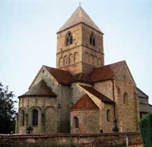 Relanges: l'église romane Notre Dame. XIIè