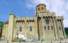 Royat (Puy du Dôme): le prieuré saint Léger. Face sud