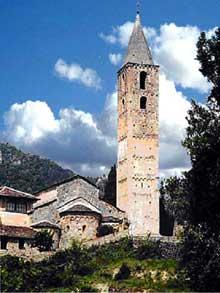 Eglise de la Madone del Poggio à Saorge en Alpes Maritimes. Vue générale