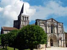 Saint Amant de Boixe (Charente): l'abbatiale