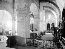 Saint Béat (Haute Garonne): église saint Cyriaque. La nef et le collatéral sud