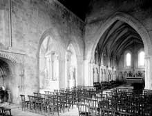 Saint Contest (Calvados): nef et chœur de l'église