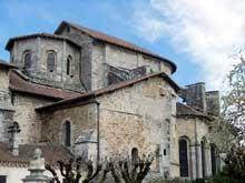 Saint Léonard de Noblat (Haute Vienne): la collégiale. Le chevet vu de l'ouest