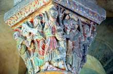Saint Nectaire (Puy du Dôme): chapiteau de la passion du Christ: le baiser de Judas