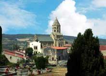 Saint Saturnin (Puy du Dôme): l'église saint Saturnin