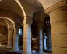 Saint Saturnin (Puy du Dôme): la crypte