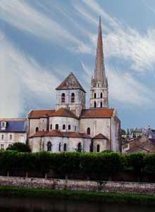 Saint Savin sur Gartempe (Vienne): l'église abbatiale, le chevet