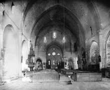 Silvanès (Aveyron): l'abbaye. La nef et le chœur