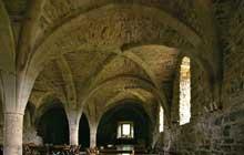 Silvanès (Aveyron): l'abbaye. Le réfectoire des moines