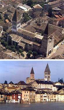 Tournus (Saône et Loire): abbatiale saint Philibert. Vue générale