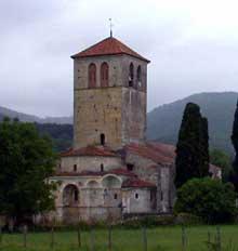 Valcabrère (Haute Garonne): basilique saint Just: vue générale