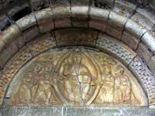 Valcabrère (Haute Garonne): basilique saint Just: le tympan du portail nord