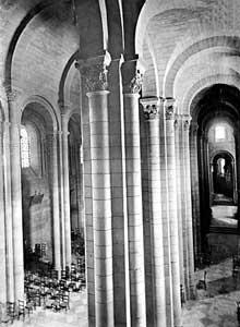 Valence (Drôme): cathédrale saint Apollinaire, La nef et le bas côté nord