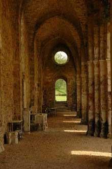 Vaux de Cernay�: l�abbatiale cistercienne