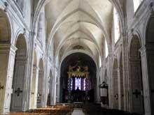 Verdun (Meuse): cathédrale Notre Dame de l'assomption: nef romane voûtée d'ogives