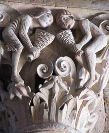 Vézelay (Yonne), basilique sainte Madeleine: chapiteau de la nef: les vents