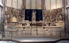 Le «parement» de la cathédrale de Narbonne, en cours de restauration, est un véritable retable en pierre